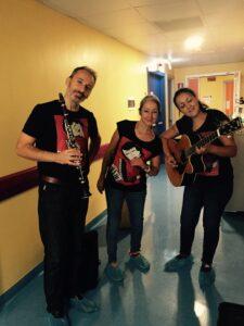 Con il clarinetto e l'Associazione Pirimpumpara in Ematologia pediatrica per lezioni concerto